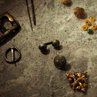 Keramikkbolle i steingods, formgitt av Nina A. Standerholen